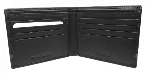 Calvin Klein Men's Passcase Wallet and Keyring in Black