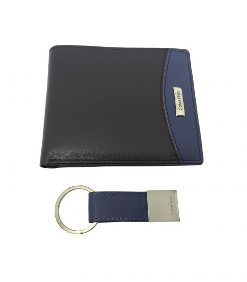 Calvin Klein Men's Bookfold Wallet and Keyring in Black